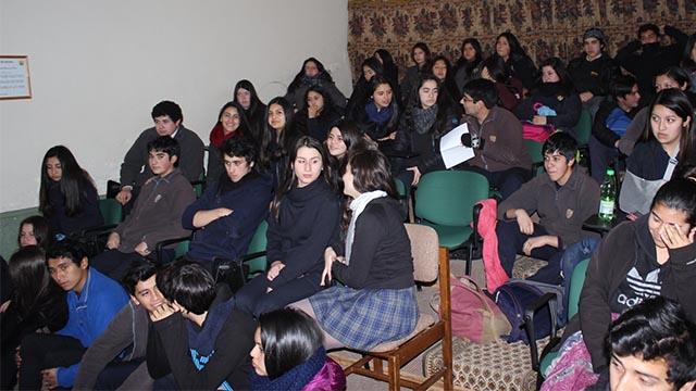 Alumnos del Liceo Insular de Achao realizan su Encuentro Local Autoconvocado 3